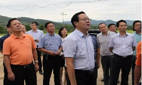 刘启华在太子山狩猎文化公司调研时强调:以新模式新业态推动绿色发展
